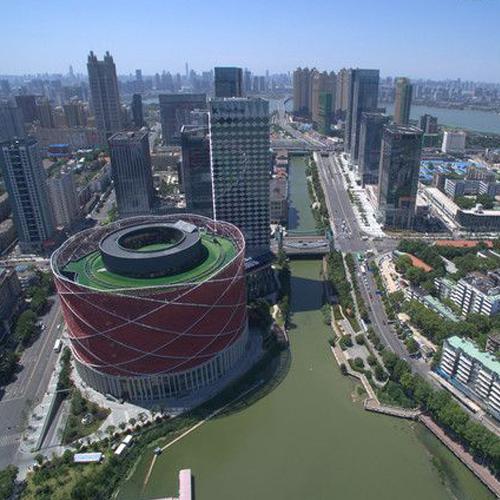 武汉顶秀广场